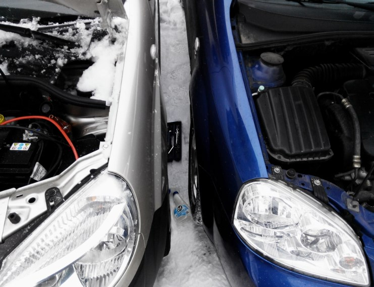 Как правильно «прикурить» автомобиль?