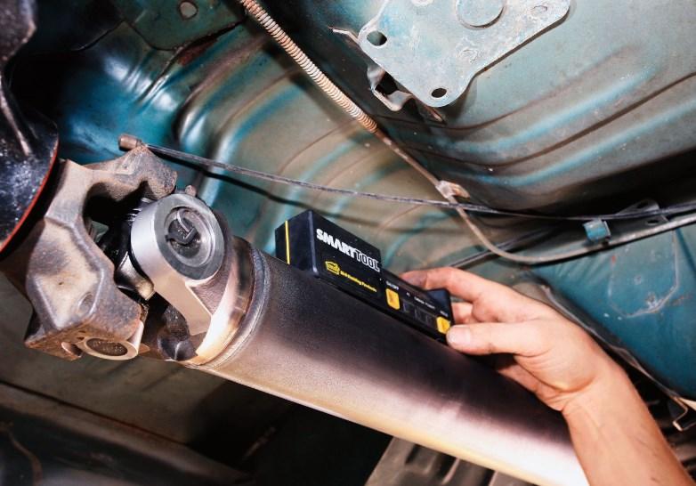 Когда нужен ремонт карданного вала?